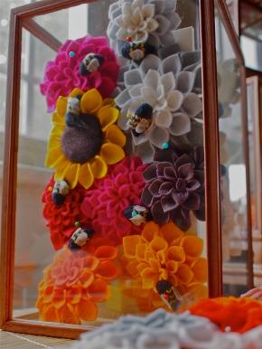 Felt flowers & Bees
